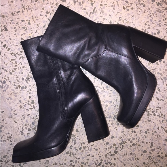 11b10f6cf29 Vintage 90s chunky boots black leather Franky