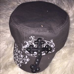 Accessories - Stylish cap hat