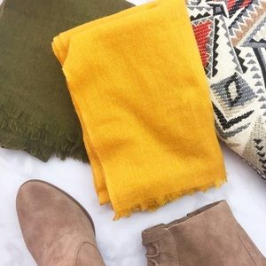 Lou & Grey Yellow Gold Wool Blend Scarf