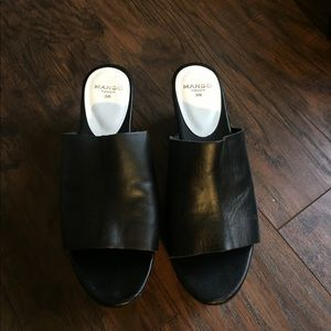 Leather platform mules Mango