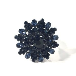 Jewelry - Navy Blue Starburst Flower Stretch Ring