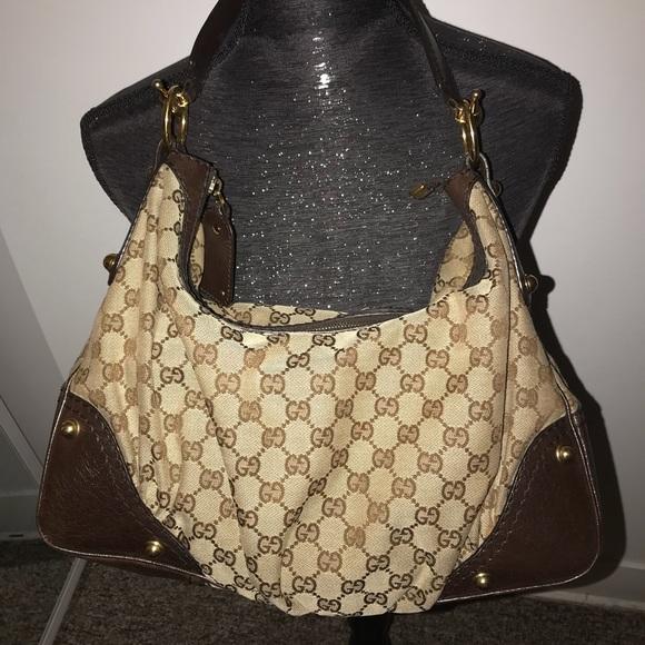 8d009a6ca4a9 Gucci Handbags - 🔥Hurry Last dropped 🔥Authentic Gucci Jockey Bag