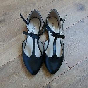 Black strapy flats new