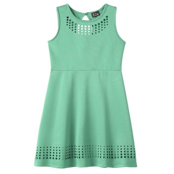 Girls Plus Size Laser Cut Skater Dress Mint 16 1/2 NWT