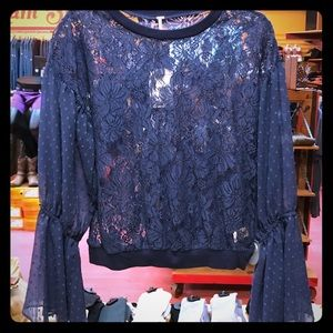 Free People lovely lace top