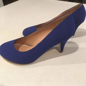 NWOT Journee Collection Pumps