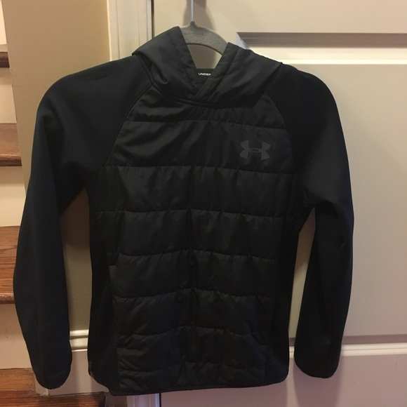 Under Armour Storm Insulated Pullover Swacket. M 5a00d9b913302a371f140498 d5e0e7657
