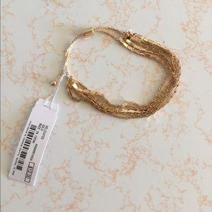 Jewelry - SALE 🔥 Gold slinky bracelet