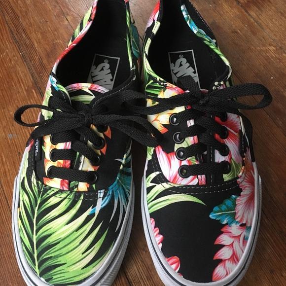 3f1a3987dd Vans Authentic Low Pro Hawaiian Shoes. M 5a00e12d41b4e0f0b91426cd