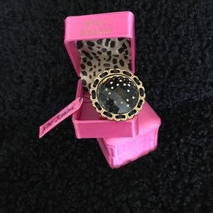 Vtg BETSEY JOHNSON Lace ACRYLIC Faceted Huge RING