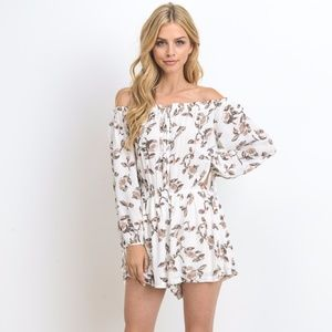 790e6dddbc95a0 Dresses   Skirts - NEW Women s Floral Printed Off Shoulder Romper