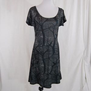 Dresses & Skirts - NWOT: Stretchy Bird / Raven Skater Dress