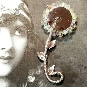 Vintage Jewelry - Vintage Aurora Borealis crystal floral brooch