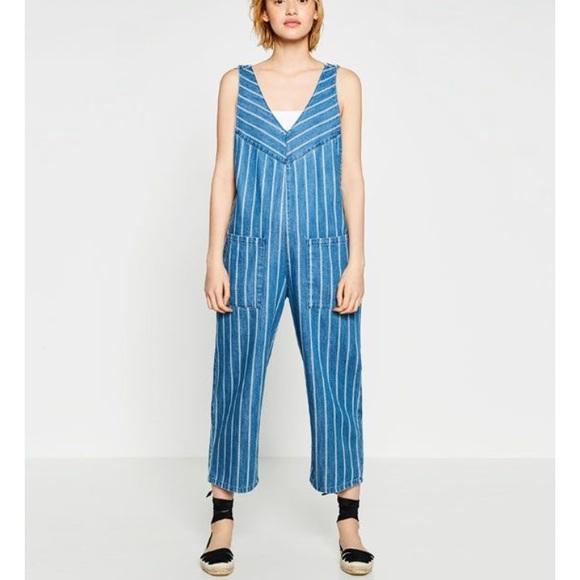 3220b7f71f7 Zara stripes denim jumpsuit  overall. M 5a00e99c3c6f9f8c87144ba3