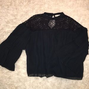 Abercrombie & Fitch black top