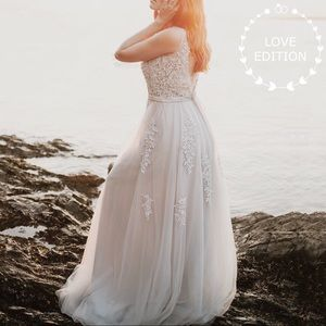Dresses & Skirts - ⭐️Regular/Plus⭐️Snow Ivory Lace Wedding Gown,2-16