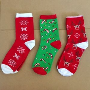 CHRISTMAS SOCK BUNDLE! 🎄🦌🎅🏻❄️☃️ 3 PAIRS