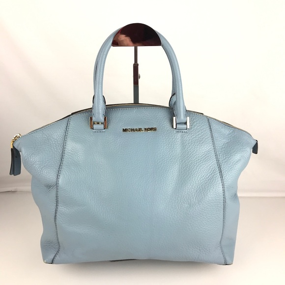 Michael Kors Riley Large Leather Satchel. M 5a0108bb78b31c549114d908 b64b377a270