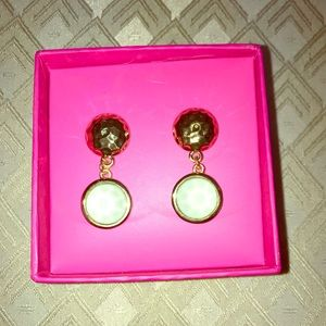 Lilly Pulitzer earrings !