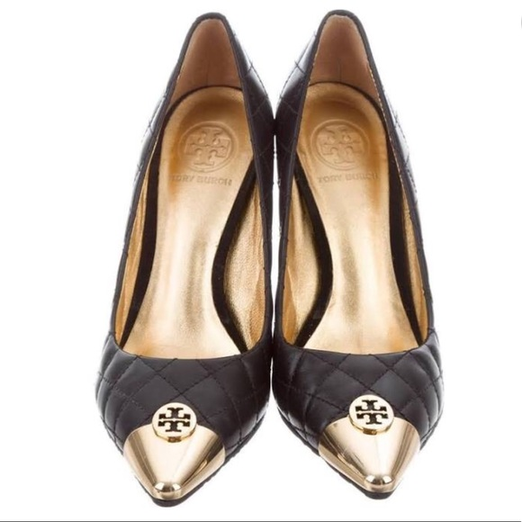 04572f33e Tory Burch Black Quilted Pump w  Gold Tip Toe. M 5a0113685c12f8ad8914df95