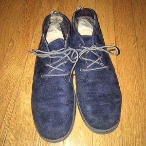 ef171054cf9 Ugg Blue Suede Canoe shoe boots boys 6