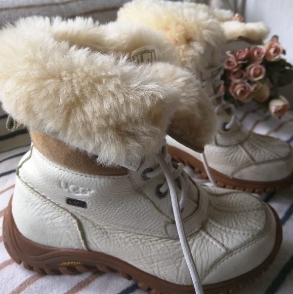 7a3a357c675 UGG Adirondack II White Leather Suede Boots
