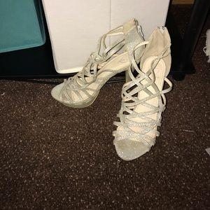 Windsor Silver Glitter Heels
