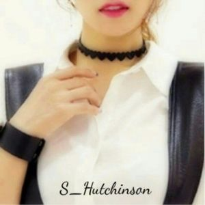 Jewelry - Trendy Black Heart Choker