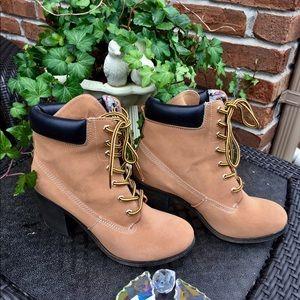b9879d40dd2 NEW Rock & Candy by Zigi High Heel Hiking Boots NWT