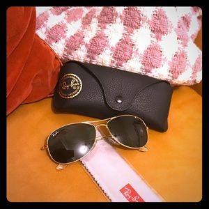 Ray-ban aviator sunglasses
