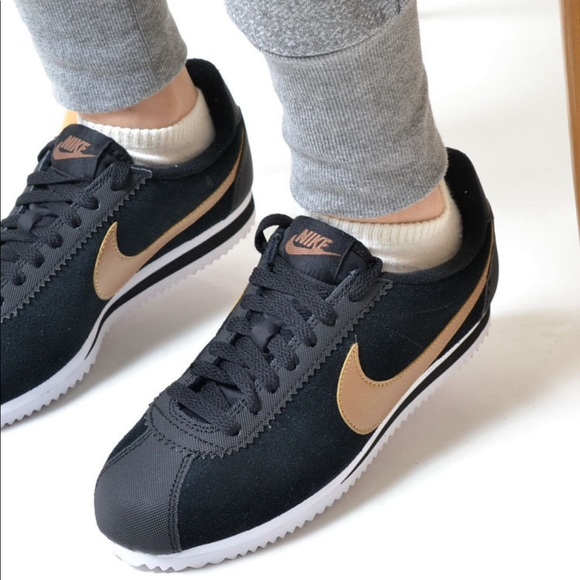 Clasificación Tremendo Edición  nike cortez black gold leather cheap online