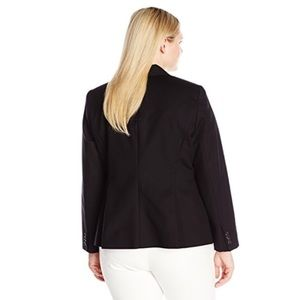 4c0daa9ed6b56 Vince Camuto Jackets   Coats - 🆕 Vince Camuto Plus Size One-Button Blazer