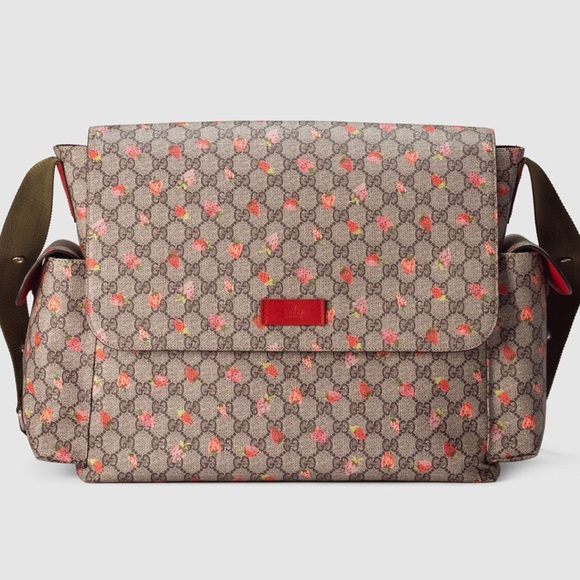 3354c8534a9 Gucci Strawberry GG Diaper Bag Beige NEW