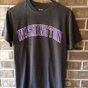 Tops - UW Washington tee shirt