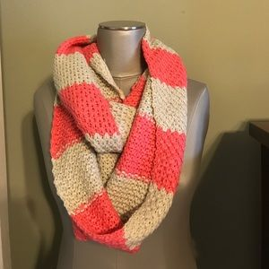 NWOT pink and cream knit infinity scarf