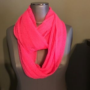 NWOT fluorescent neon pink Betsyville scarf