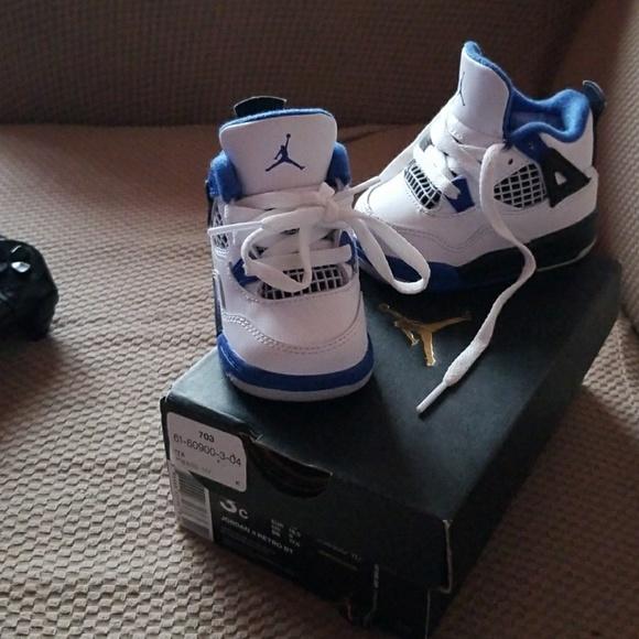 854316cd7bd4b4 Toddler Jordan Sneakers ☆24HR. SALE ☆🚨 45🚨