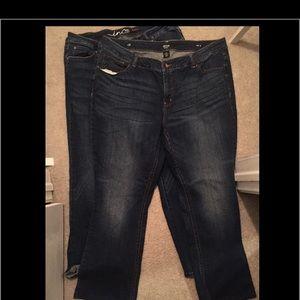 2 pair plus size 22 jeans.