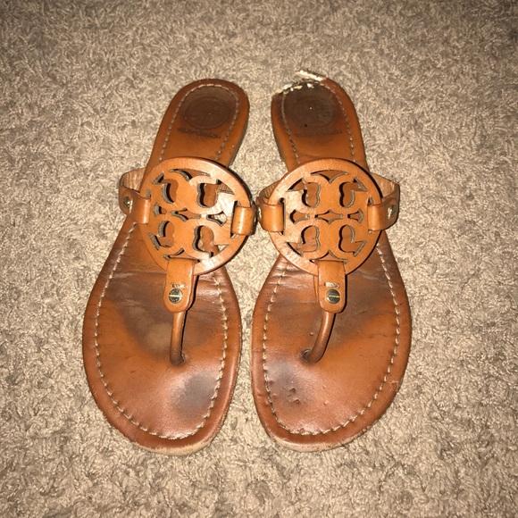 5845d022a5cb4 Authentic Tory Burch Sandals 8.5!! M 5a01e86141b4e0aa5c023494