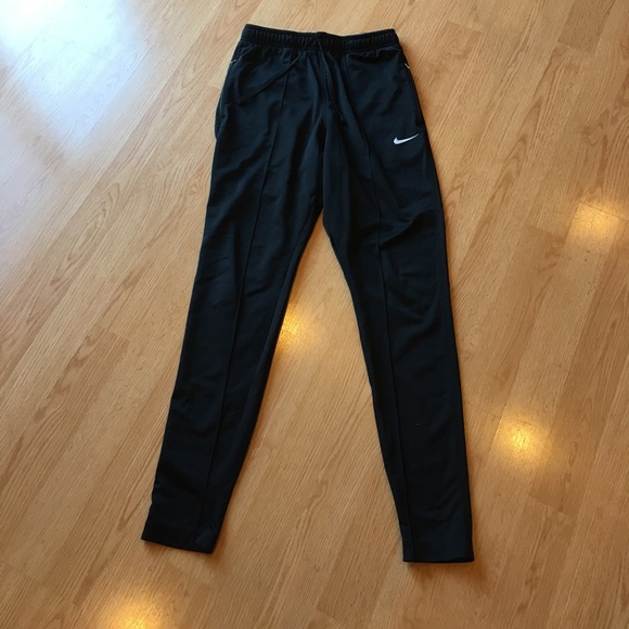 nike pants zip pockets