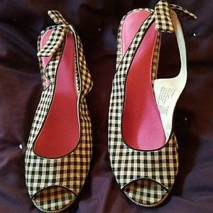 Black plaid wedge sandals