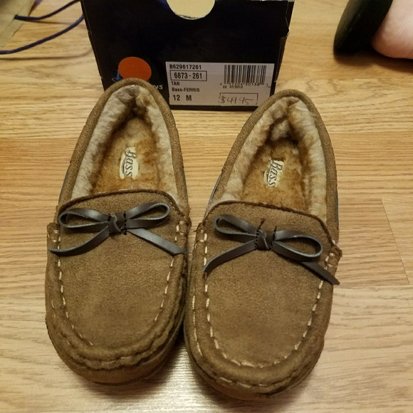 102625461f89 Bass Slippers
