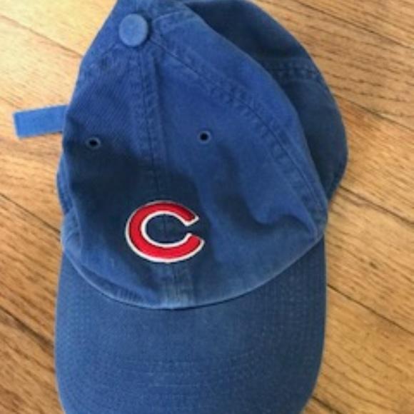Kids CUBs Baseball Hat - Never Worn c638eab5db4