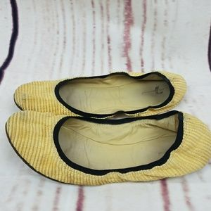 7 FOR ALL MANKIND TAN BALLET FLATS 8.5