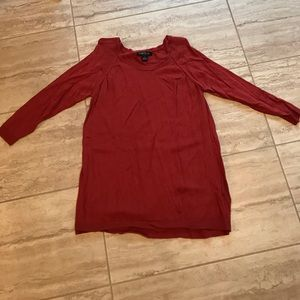 August Silk brand size Small rust red color