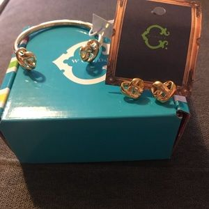 C Wonder heart gold bangle and matching earrings