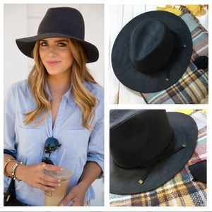 Black vegan suede bow detail fedora hat