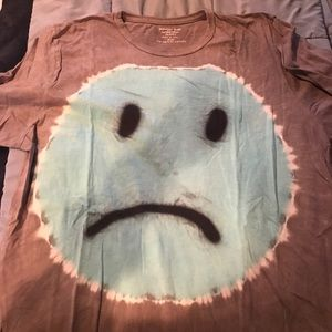 Sad face for die tee shirt