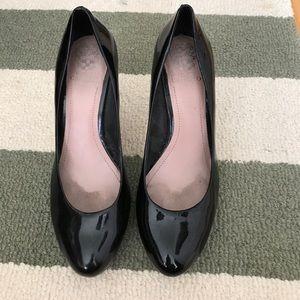 Vince Camuto black patent leather platform heels