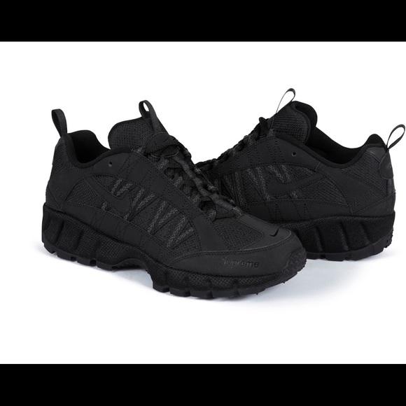 d98e11a2 Supreme Shoes | Nike Air Humara Size 9 | Poshmark